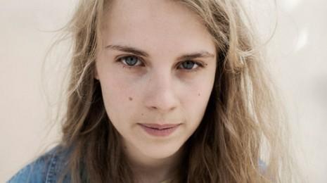Marika Hackman ja tulevaisuuden artistibingo