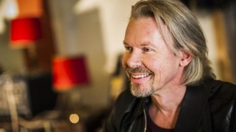 Wincaven joulukalenterin luukku 6: J. Karjalainen – Mennyt mies