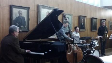 Kevään jaZZanti-sarjan päätös: Erik Lindströmin stipendi 2014 ja Trio Urho