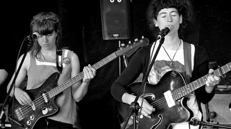 This Is The Kit, Jamie Harrison & Rozi Plain @ Klunkerkranich, Berlin