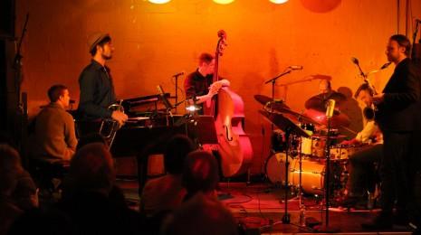 We Jazz 2014 – keskiviikko: Jazzkulkue, Antti Lötjönen 3x, Nils Wogram Root 70 with Strings