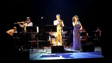 Jukka Eskola Orquesta Bossa & Cyrille Aimée Sellosalissa