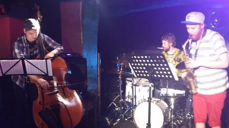 Helsinki Heat: Ohjus Trio
