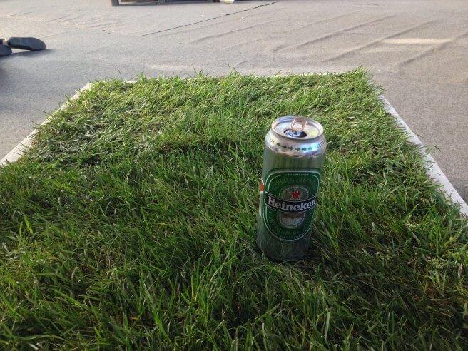 Aidon nurmikon, eurolavan ja oluen liitto.