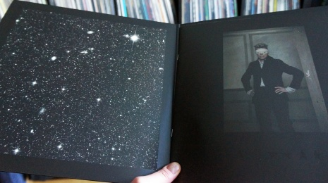"David Bowie – Blackstar LP, eli ""So Long, and Thanks for All the Fish"""