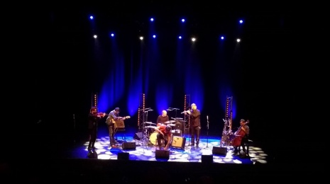 Vapaat äänet: Théo Ceccaldi Trio ja Pepa Päivinen & Good Romans Sellosalissa