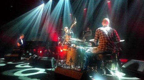 GoGo Penguin sai yleisön innostumaan Tallinnassa Jazzkaar -festivaalilla