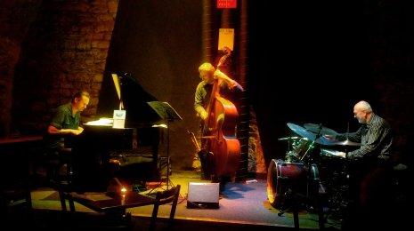 Jazzrytmejä Prahassa 3 – Kunnon jazzia Aghartassa