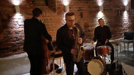We Jazz 2017: Jukka Perko Tritone, Mikko Innasen maakuntalaulu-uudistus, Maxxxtet