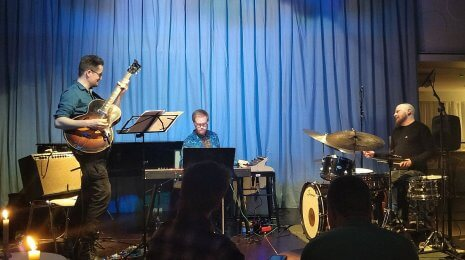 Teemu Viinikainen III Koko Jazz Clubilla