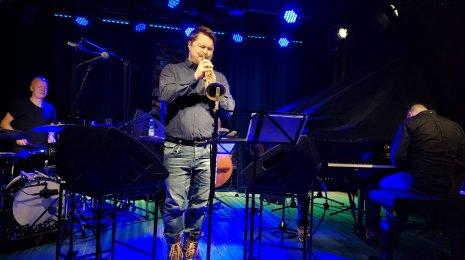 Ilmiliekki Quartet uuden livelevyn äänitystunnelmissa G Livelabissa