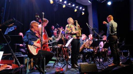 Sointi Jazz Orchestra avasi klubi-illat Kapsäkissä kahdella konsertolla