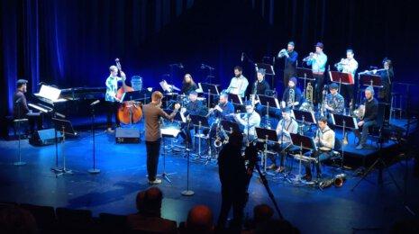 Monipuolinen jazz-ilta Tapiolassa – nuori kyky Joonatan Henriksson ja MMQ April Jazz Clubilla ja Sointi Jazz Orchestra levyjulkkaritunnelmissa