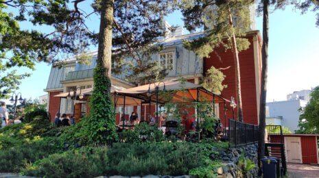 Lisää kesän jazztarjontaa – torstaisin kesällä tapahtuu Espoon Villa Lillassa ja Konepaja Biergartenissa